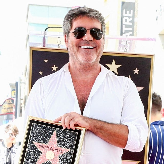 Simon Cowell gets walk of fame star
